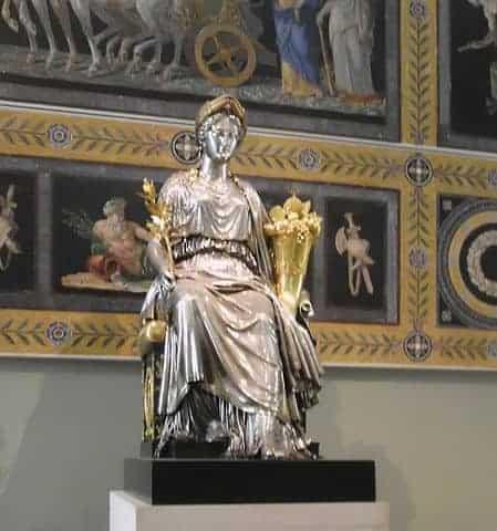 פסל השלום בלובר