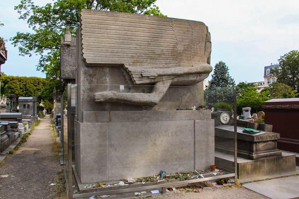 קברו של אוסקר ויילד. צילם: יואל תמנליס