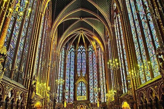 כנסיית הסן שאפל - מבט מבפנים