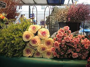 פרחים בשוק גרנל