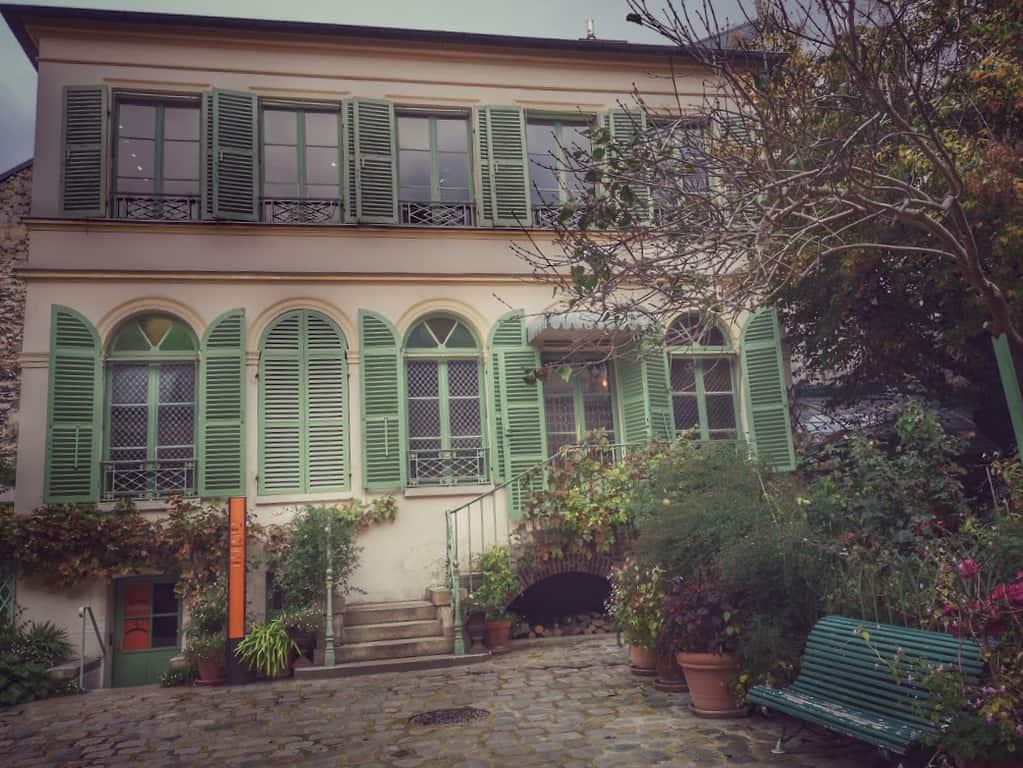 מוזיאון החיים הרומנטיים