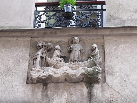 שלט הרחוב העתיק בפריז