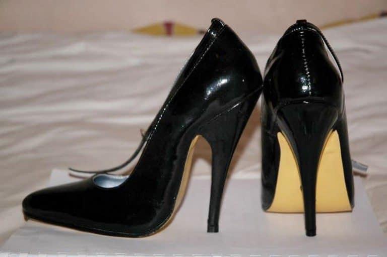 נעלי עקב