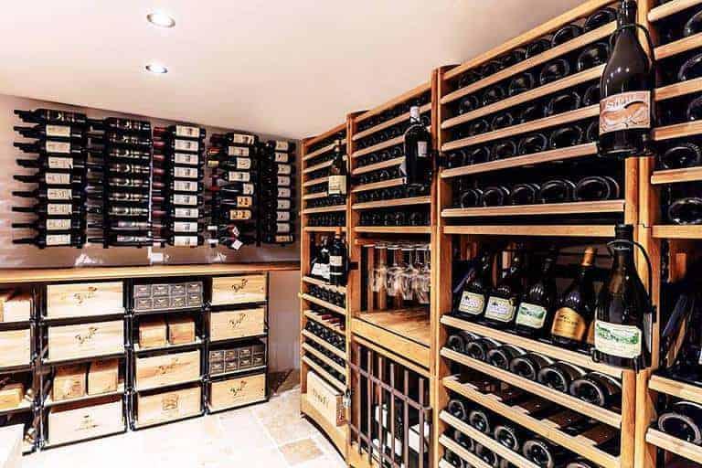 וכיתתו חרבותיהם לבקבוקים – The Wine Story