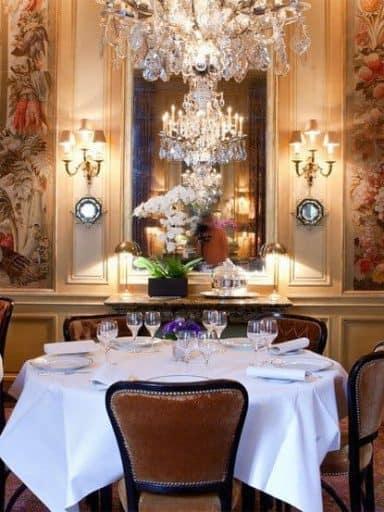 תמונה מתוך אחת המסעדות בפריז