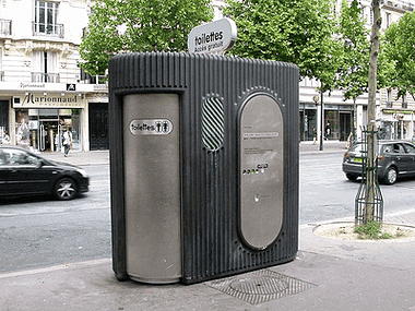 שירותים ציבוריים בפריז