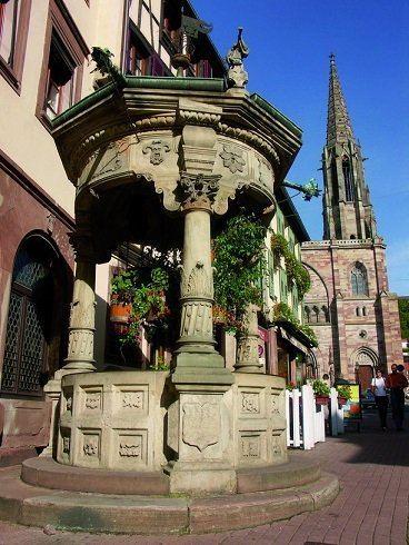הבאר בעלת ששת הדליים - יצלום באדיבות לשכת התיירות של אוברניי