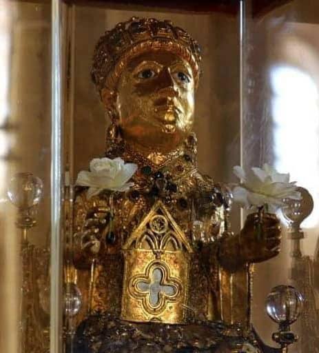 פסל השרידים המקודש של סנט-פואה