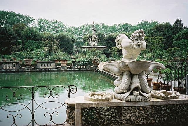 גני הבובולי בפירנצה - ההשראה למזרקות בגני לוקסמבורג