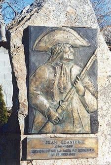 האנדרטה המנציחה את ז'אן שסטל ב- La Besseyre-Saint-Mary