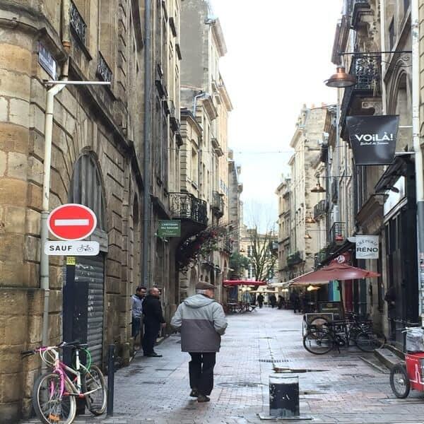 בורדו - תמונת רחוב