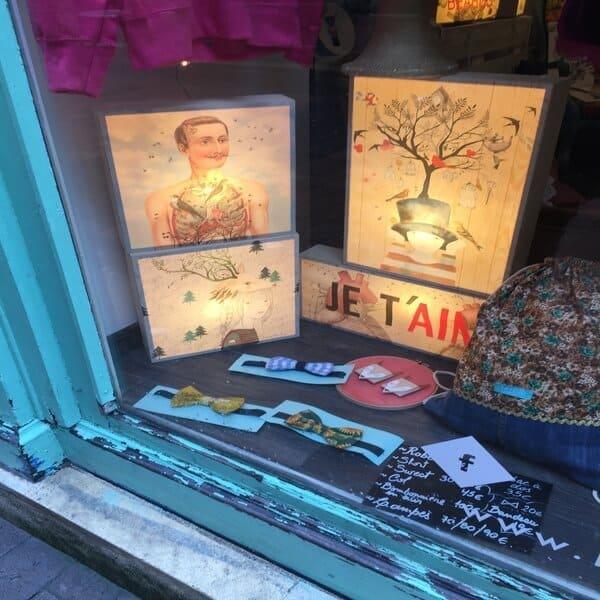 חנות קטנה ומטריפה, LA FELIZ