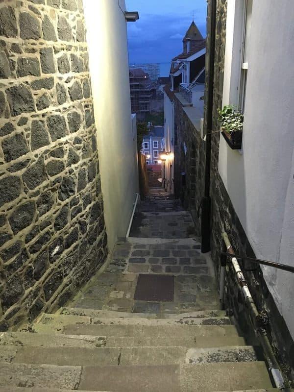 את המדרגות של גרנזי צריך לעלות ולא רק לרדת...