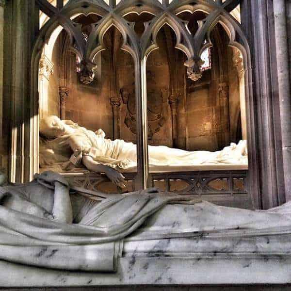 קברם של פרדיננד פיליפ דוכס אורליאן ואישתו
