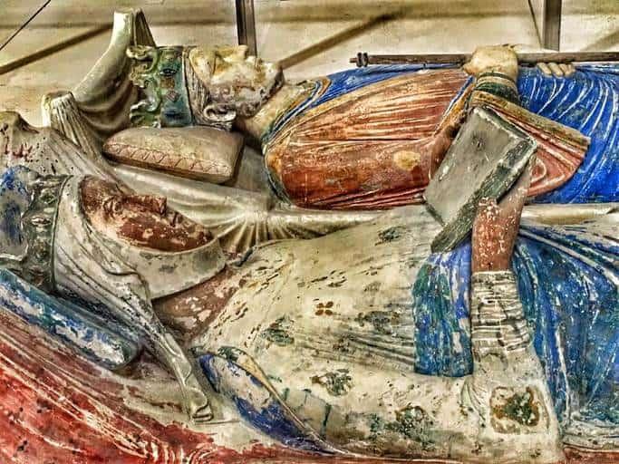 קברם של הנרי ה-2 ואיזבל מאנגולם