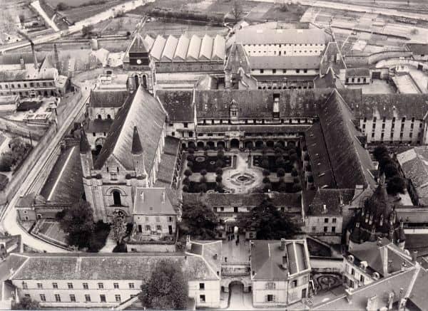 בית הכלא של פונטרבו (מקור צילום: מנזר פונטרבו)