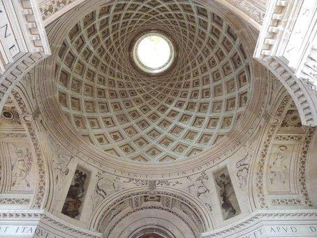 הכנסייה של דלורם - מבט אל התקרה (מקור תמונה https://www.photodefleur.fr)