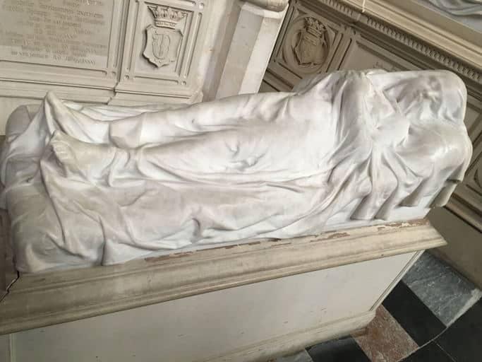 קברו של הנסיך לואי מאורליאן בן השבע