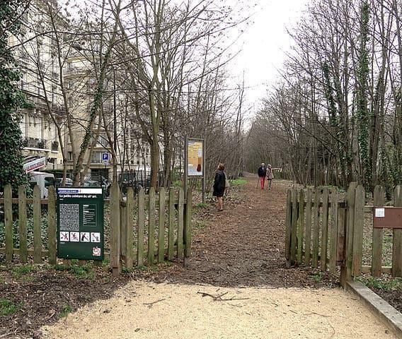 התחלה של הטיול הירוק בפריז - כניסת בוסז'ור. מקור צילום וויקיפדיה.