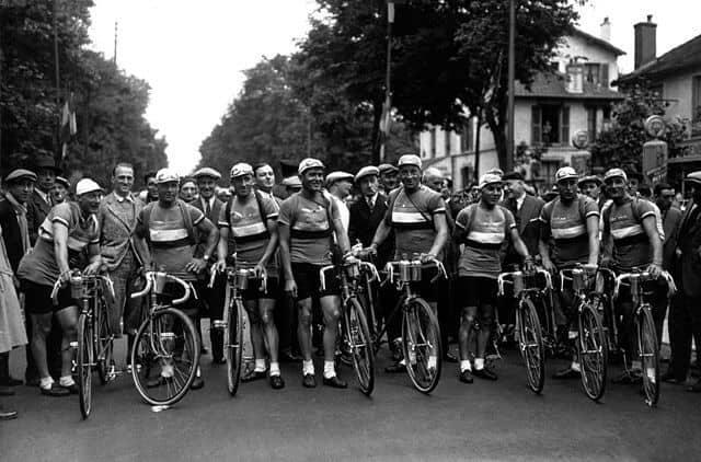 הנבחרת של צרפת טור דה פראנס 1932. מקור צילום וויקיפדיה