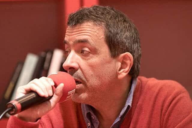 """צרותיו המשפטיות של הסופר הצרפתי רז'יס ז'ופרה  מאת ד""""ר אורנה ליברמן"""