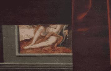 גבריאל ד'סטרה ואחת מאחיותיה, ציור הקיר שברקע, פרט