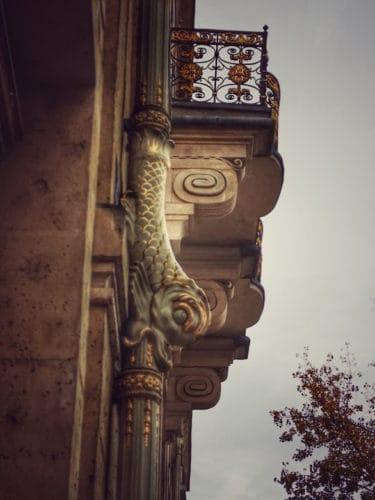 אוטל דה לוזן (Hotel de Lauzun) - יופי טראגי באיל סן לואי