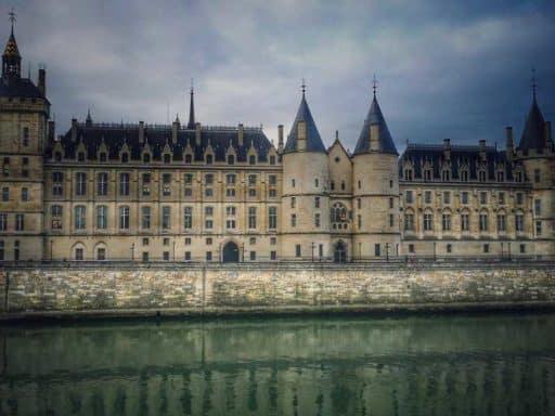 ההיסטוריה של פריז - כל מה שתצטרכו לדעת בשביל הטיול הבא שלכם