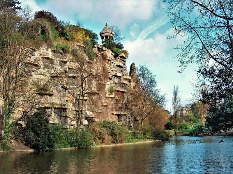 פארק בוט שומון ברובע ה-19 בפריס