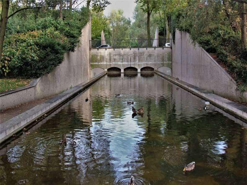 פארק יצחק רבין ברובע ה-12 בפריס