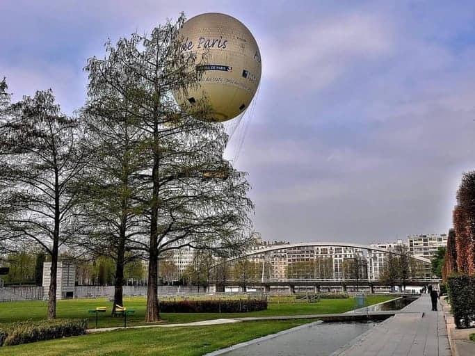 הכדור הפורח בפארק סיטרואן