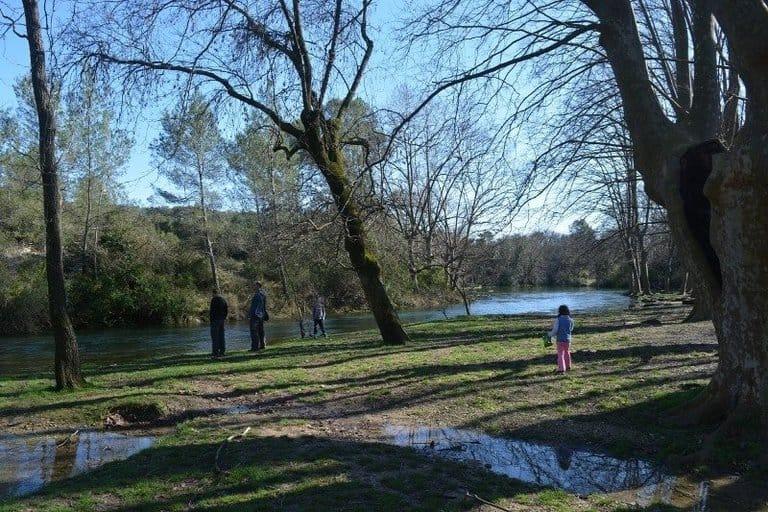 הפארק באיזור הנביעה של הלז.