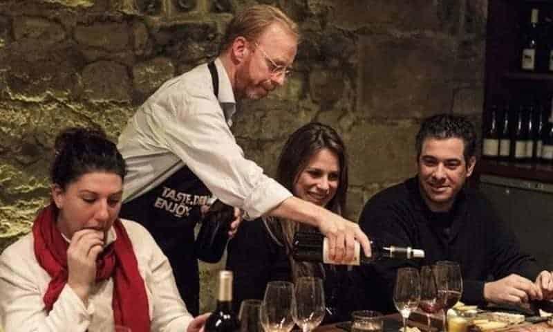 סיור בין ערביים בלובר וטעימת יינות