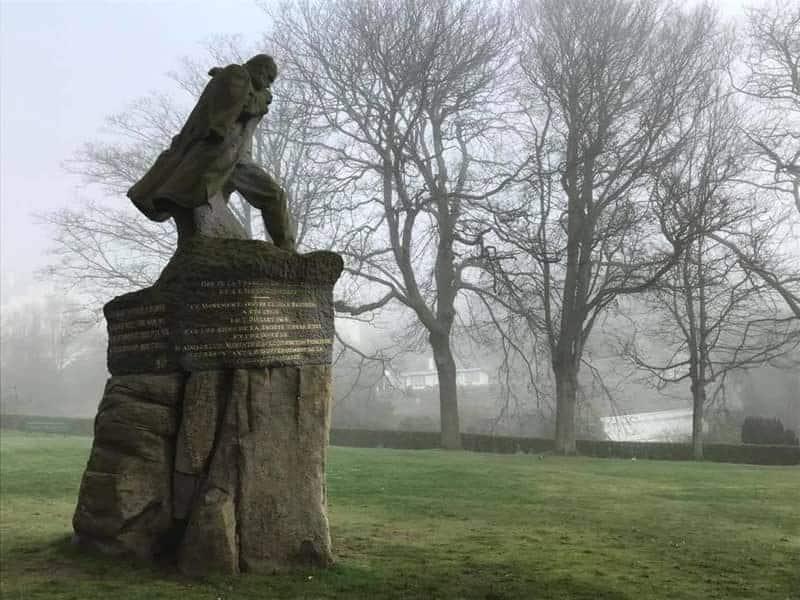 הפסל של ויקטור הוגו בגרנזי