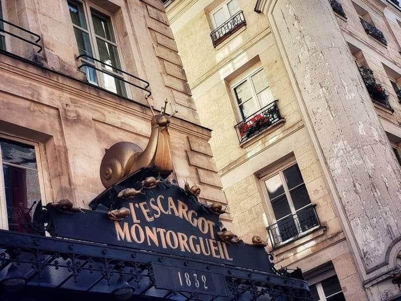 הרובע השני בפריז. רחוב מונטנרגיי. צילום: צבי חזנוב.
