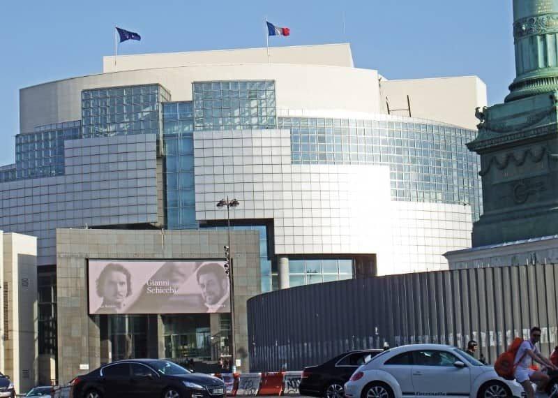 בניין האופרה של הבסטיליה.