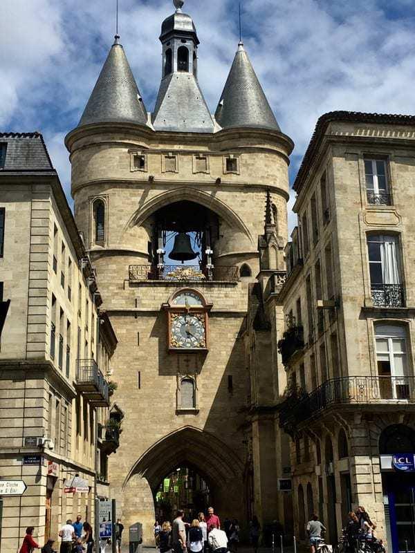 מאוהבת בפעמון שמן בסיינט ג׳ורג׳ (צילום פאני רוטשטיין).