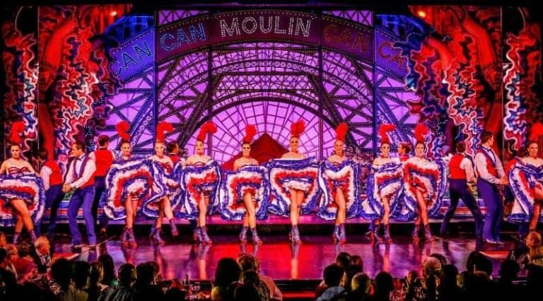 מולן רוז' מציג: ריקוד הקאן-קאן המפורסם. מקור תמונה: Come To Paris