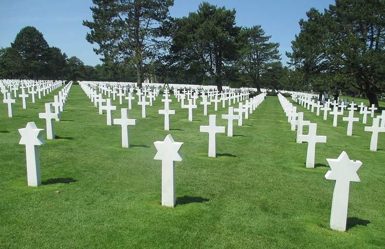 בית הקברות בחוף אומהה.