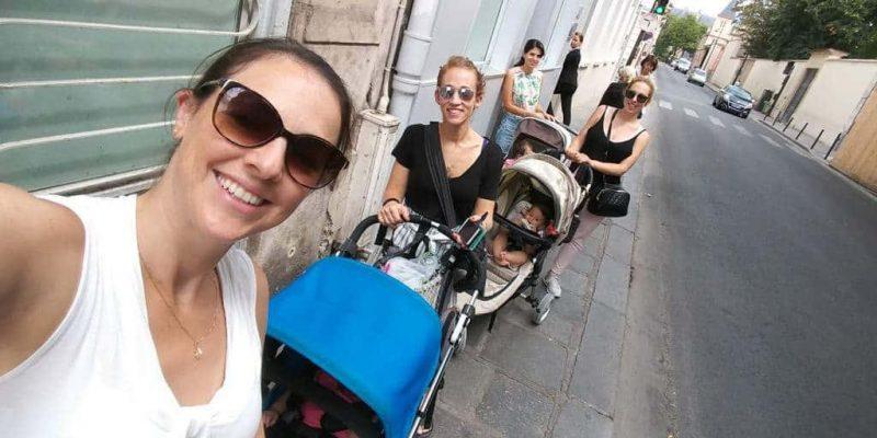 יוצאים לטיול בפריז עם תינוקות.