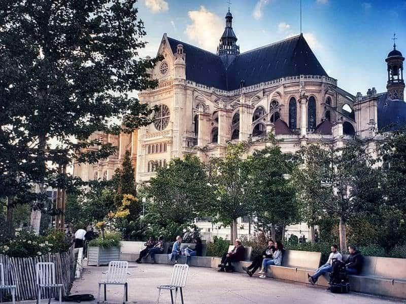 כנסיית סן אוסטאש - צילום: צבי חזנוב