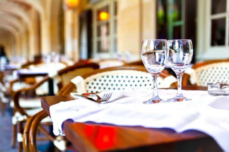 מסעדות מומלצות ברובע ה-18 של פריז (מונמארטר)