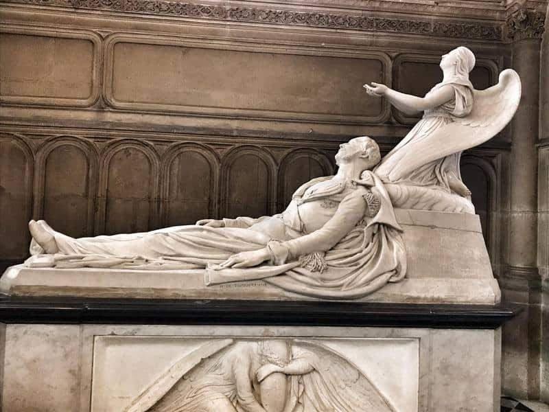 קברו של הדוכס מאורליאן בקפלת Notre Dame de Compassion. צילם: צבי חזנוב