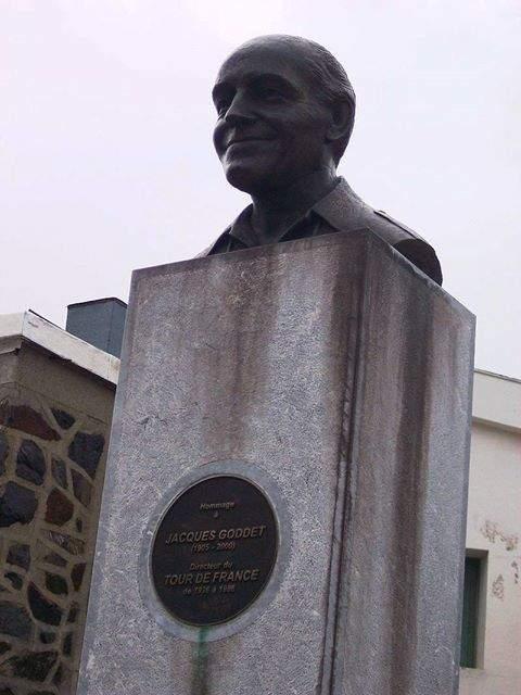 מצבת הזכרון לז'ק גודט. מקור צילום: ויקיפדיה.
