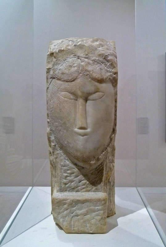 אמדאו מודיליאני, ראש אישה, 1912. מקור צילום: ויקיפדיה.