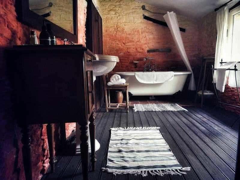 חדר האמבט במגדל. צילם: צבי חזנוב