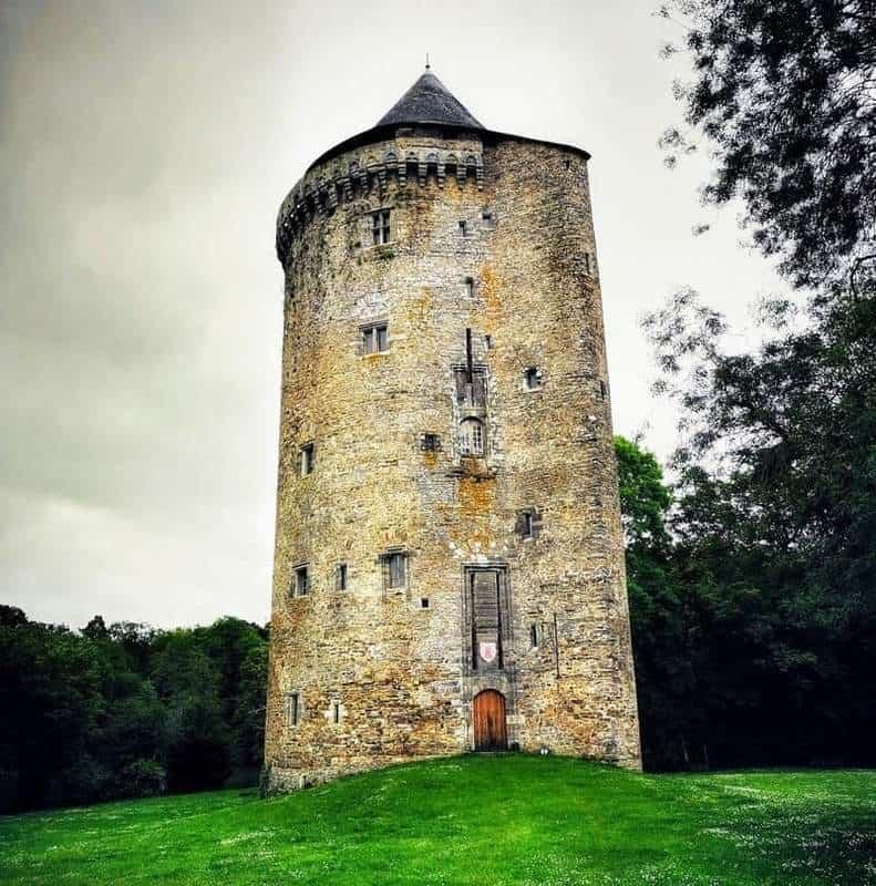 המגדל של די גקלן. צילם: צבי חזנוב.