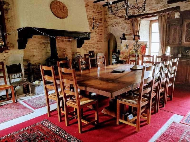 חדר האוכל ב Manoir de la Chausee. צילם: צבי חזנוב