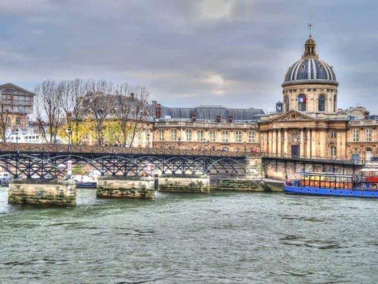 בניית תוכנית טיול מותאמת אישית לפריז - עולה כסף אך שווה זהב מאת גל שטיינר.
