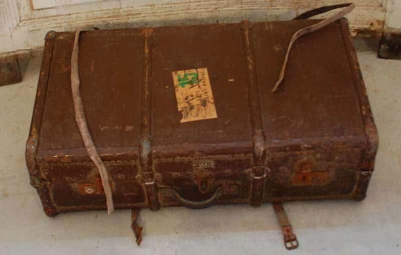 מזוודה עתיקה